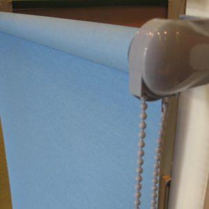 roleta elegant niebieska szary mechanizm